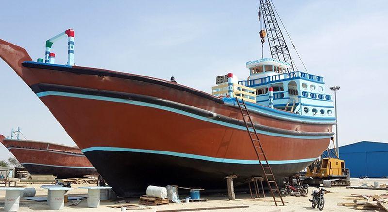 ساخت و بهره برداری از شناور باری فایبر گلاس 400 تن